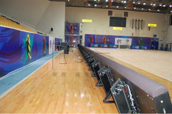 科威特五人制足球场P12球场围栏LED显示屏
